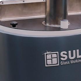 detail drtičky skla